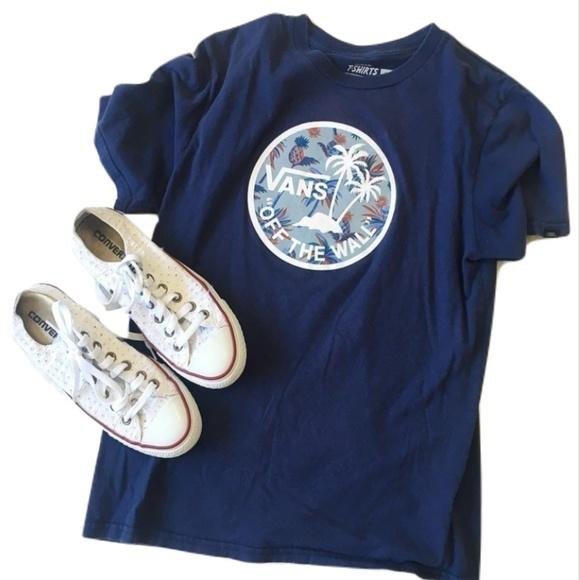 e19871504a9d21 Vans Navy Blue Tropical Pineapple Graphic Tee. M 5b53fb45c61777b94f3fd5d3